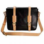 LYC Men Handmade Magnetic Closure Vegetable Tanned Leather Messenger Purse Shoulder Bag Crossbody Bag, Black